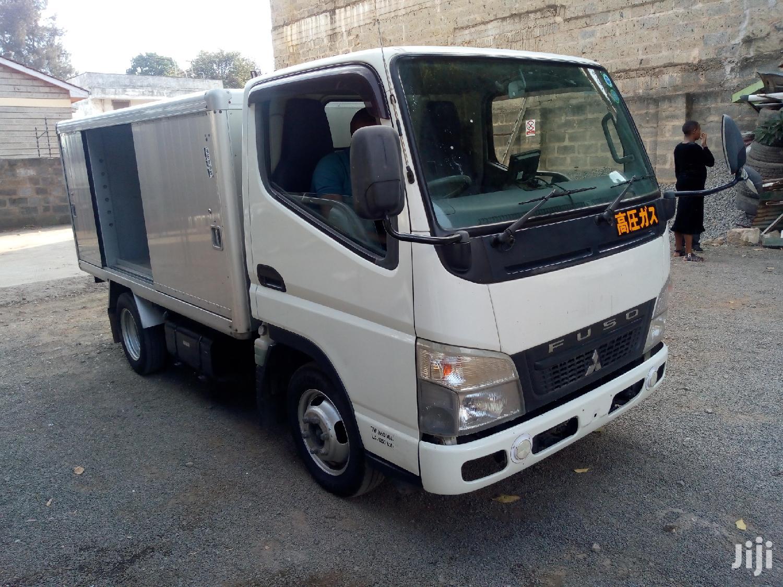 Archive: Mitsubishi Canter GUTS 2012 White