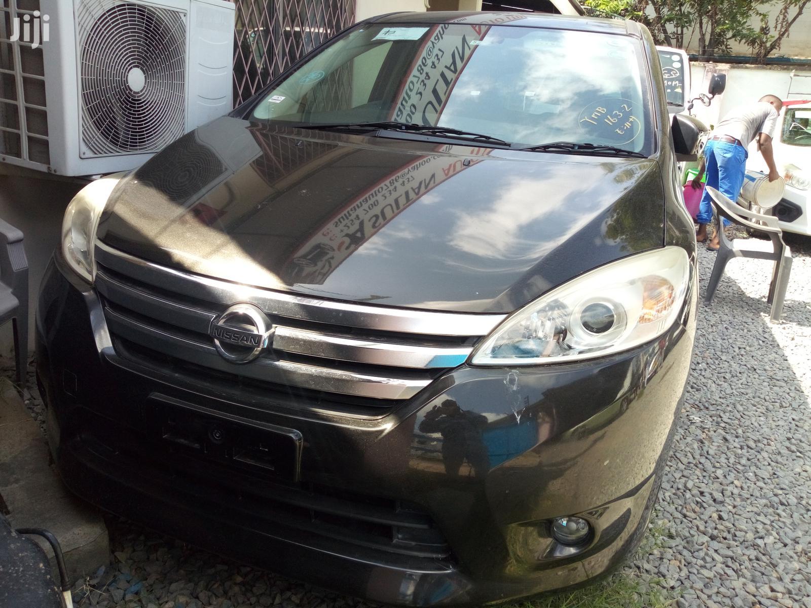 Nissan Lafesta 2012 Black