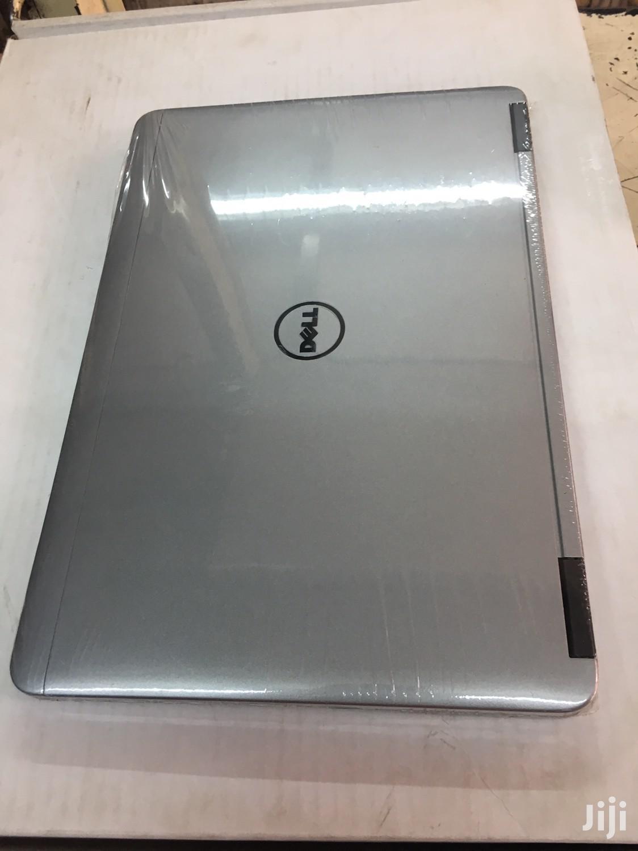Archive: Laptop Dell Latitude 12 7280 4GB Intel Core i7 SSD 128GB