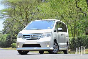 Nissan Serena 2012 White   Buses & Microbuses for sale in Nyali, Ziwa la Ngombe
