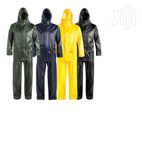 Rain Coats,Rain Suits And Spray Suits