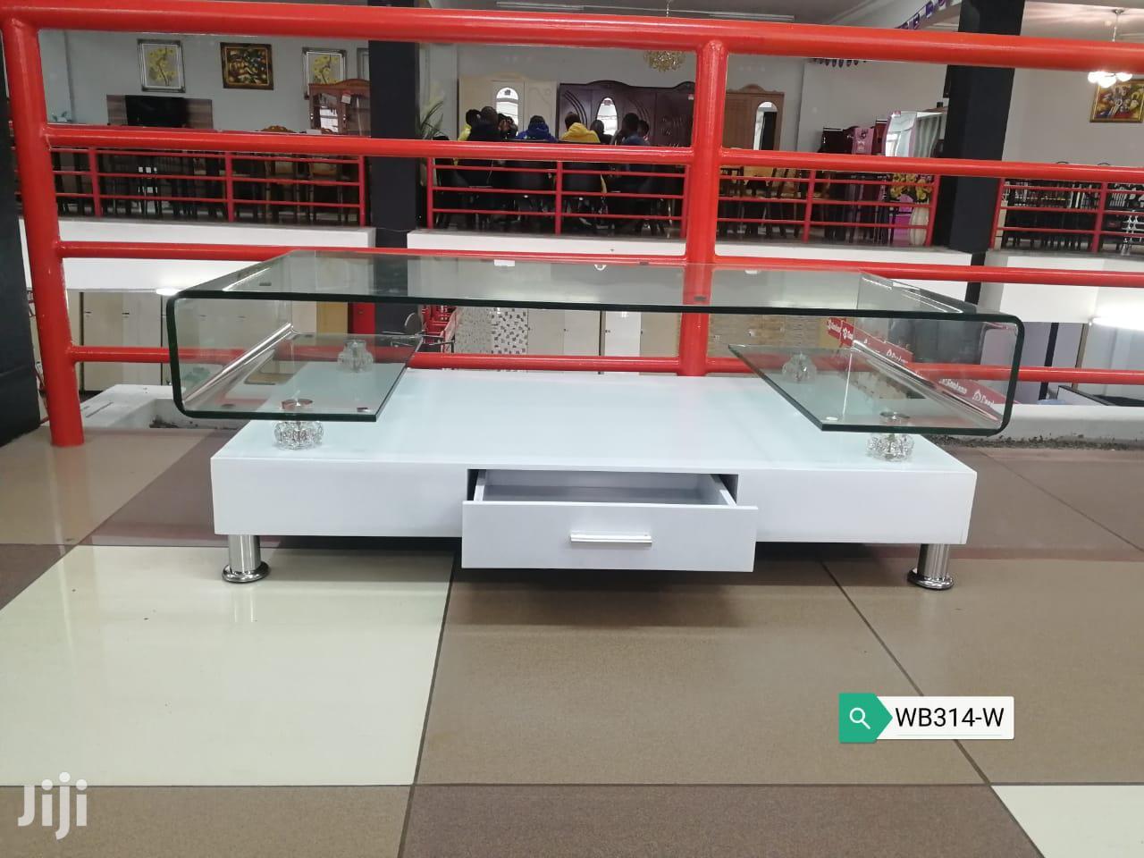 Archive: Sleek Table