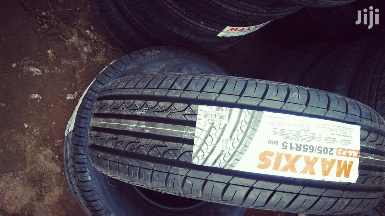 Archive: Maxis 205/65r15