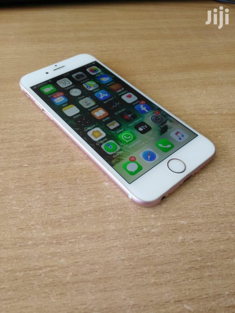 Archive: Apple iPhone 6s 64 GB Pink