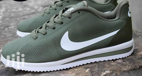 Archive: Nike Cortez