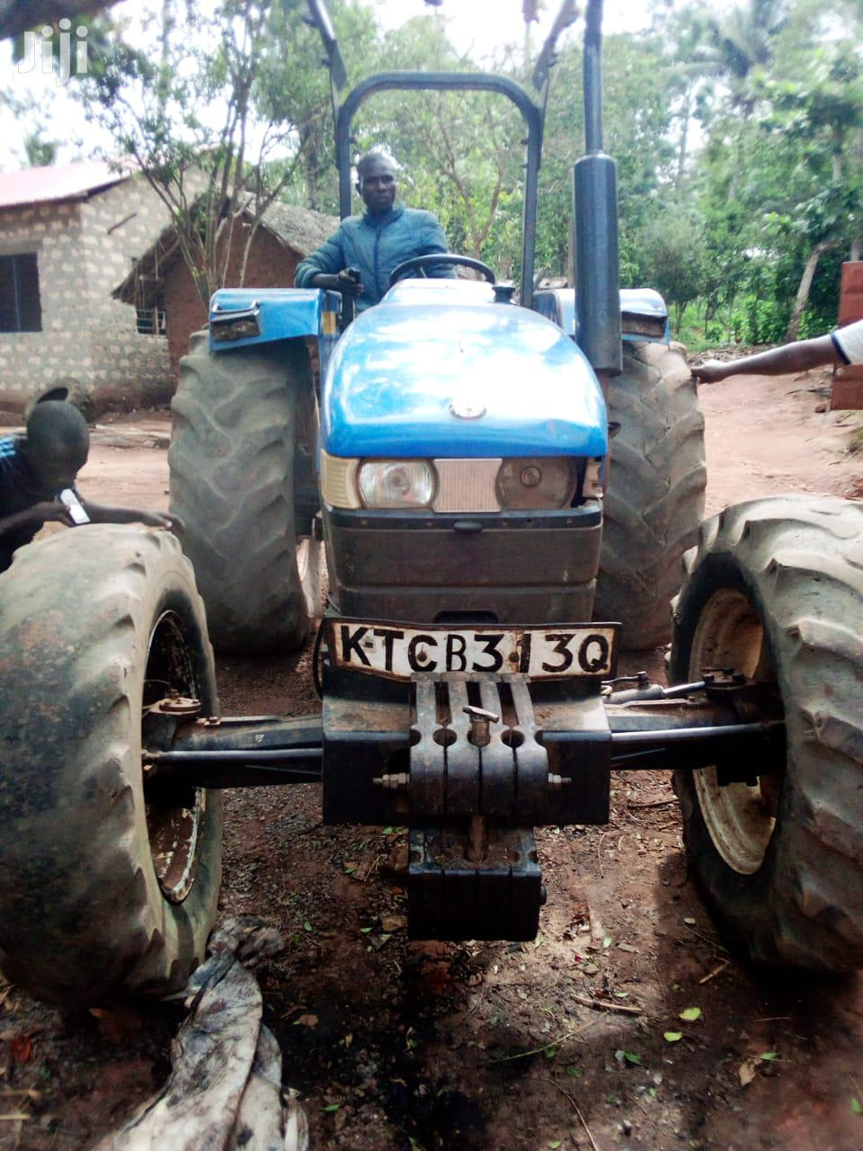 Tractor 2014 Blue