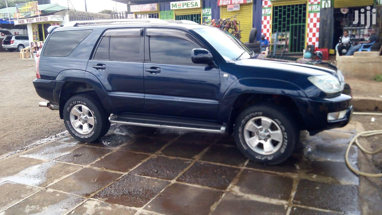 Archive: Toyota Surf 2006 Blue