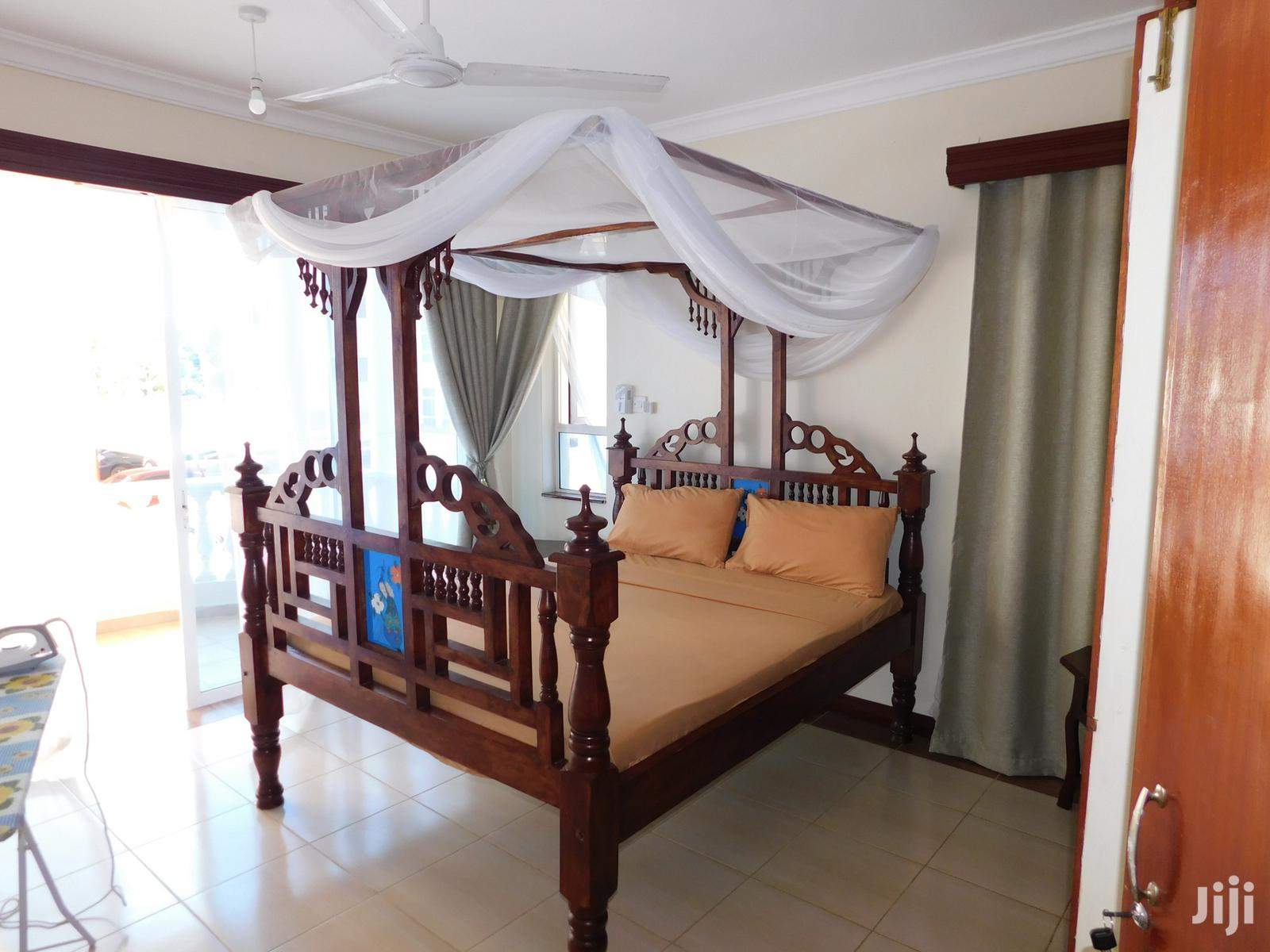 3 Bedroom Fully Furnished Holiday Apartment With Pool, Benford Homes