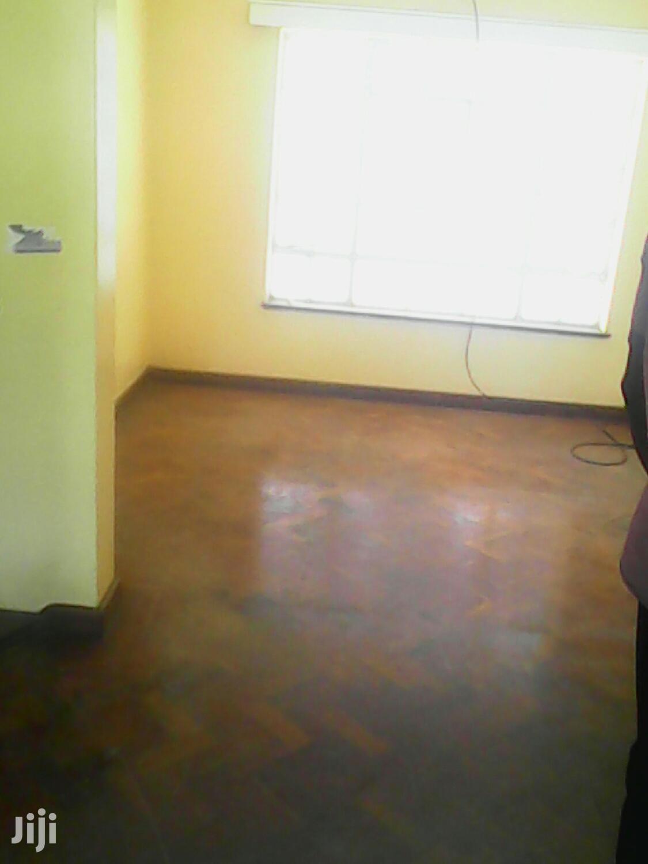 Archive: 3 Bed Apartments, Ensuite Near School of Law-Parklands