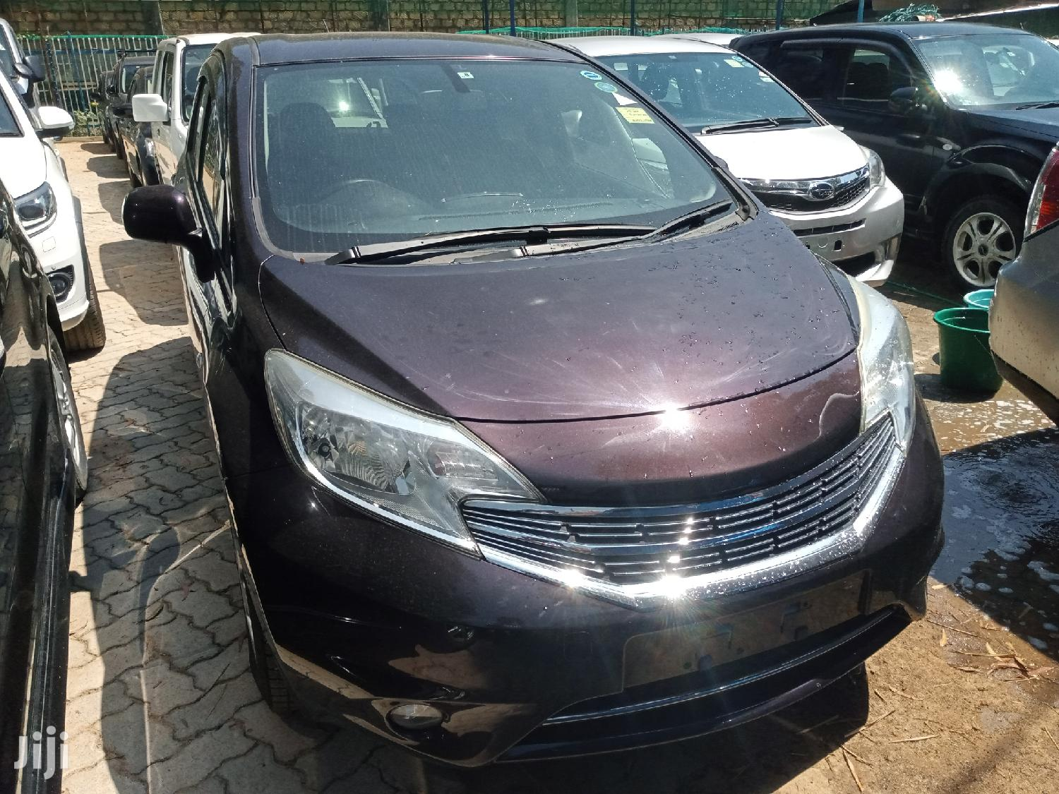 Archive: Nissan Note 2013 Brown