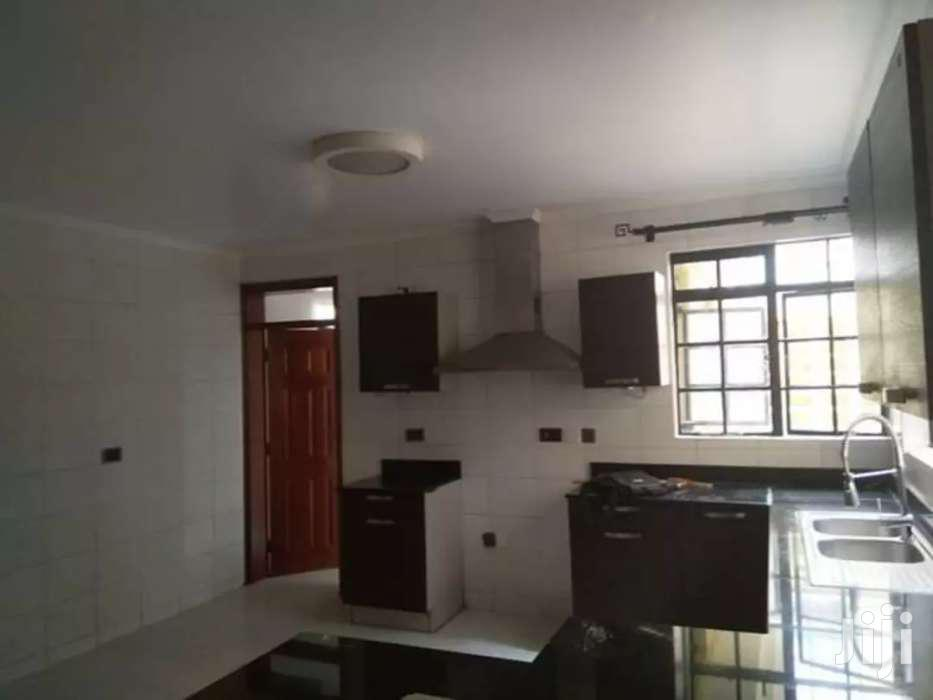 Executive 5br With Sq Town House To Let In Lavington