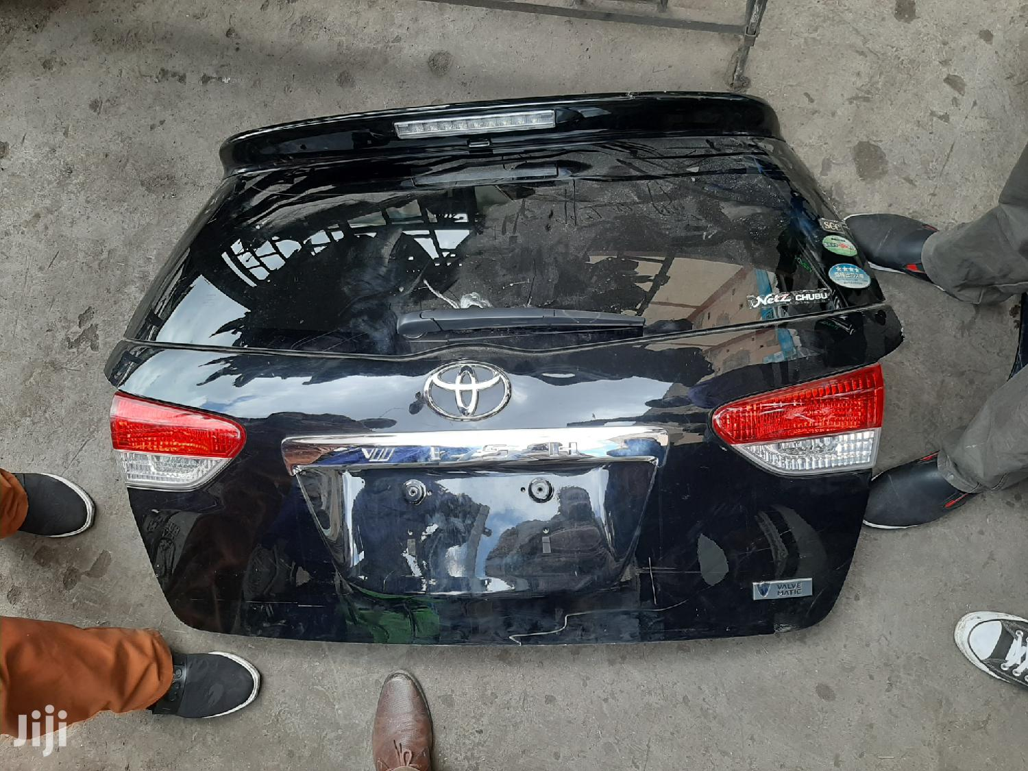 Clean Toyota Wish 2010 Boot Auto Car Body Parts | Vehicle Parts & Accessories for sale in Nairobi Central, Nairobi, Kenya