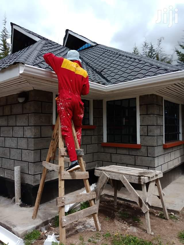 We Have Experienced Technician To Install PVC Rain Gutters System