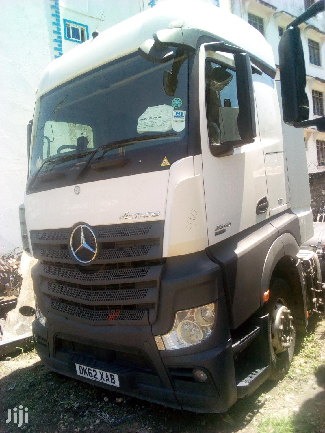 Mercedes-Benz Actros 2012 White