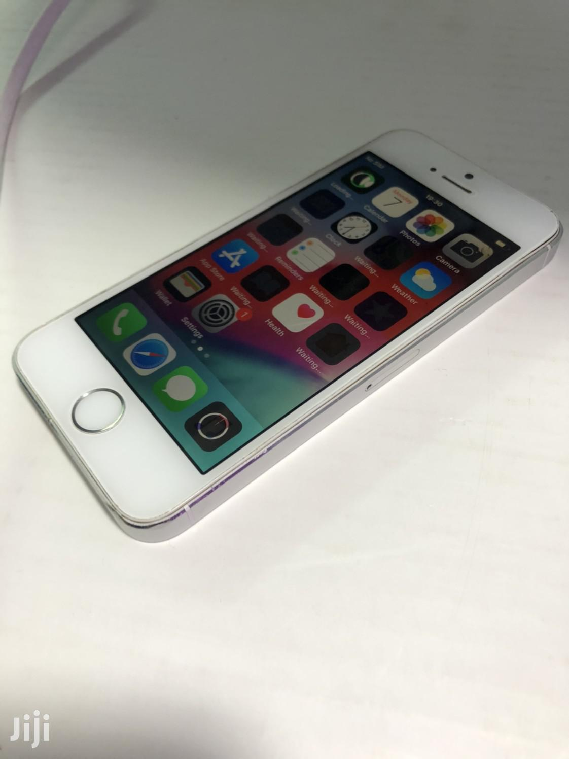 Apple iPhone 5s 16 GB Silver | Mobile Phones for sale in Nairobi Central, Nairobi, Kenya