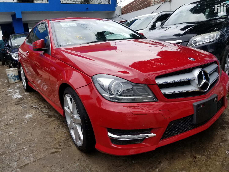 Mercedes-Benz C250 2012 Red
