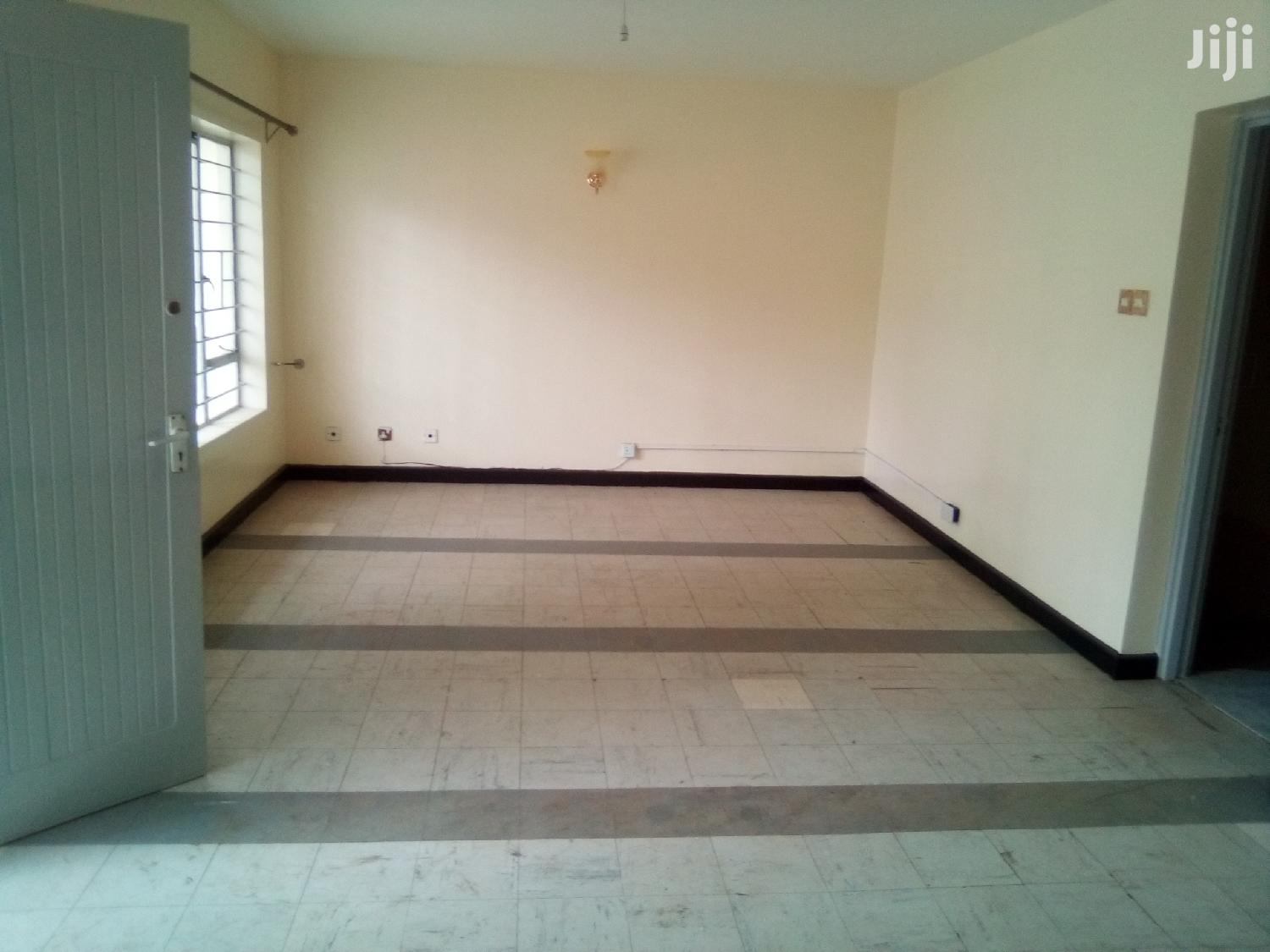 Archive: Used 3bedrooms Maisonnete Own Gate For Office In Kilimani