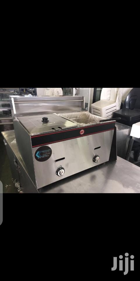Archive: Chip's Fryer Display Chillers Cooker Potatoes Piller Ovens