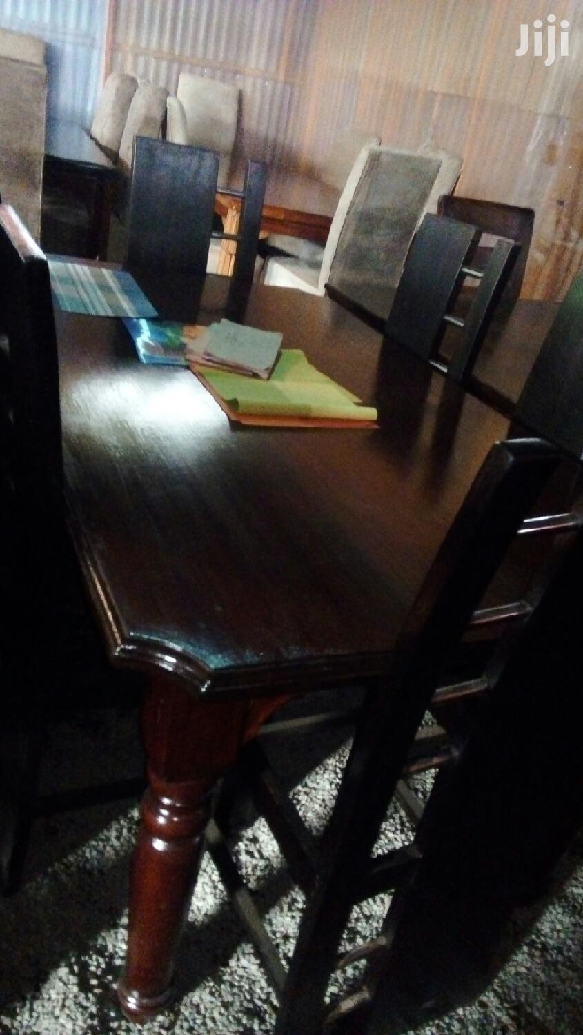 Archive: 6 Seater Dinning Table