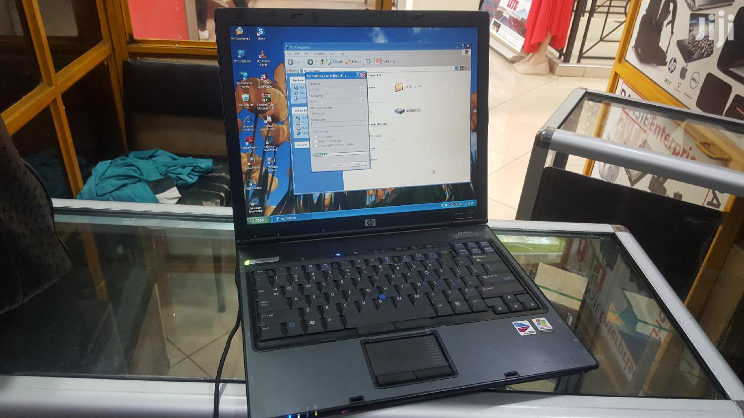 Laptop HP Compaq NC2400 1GB 40GB