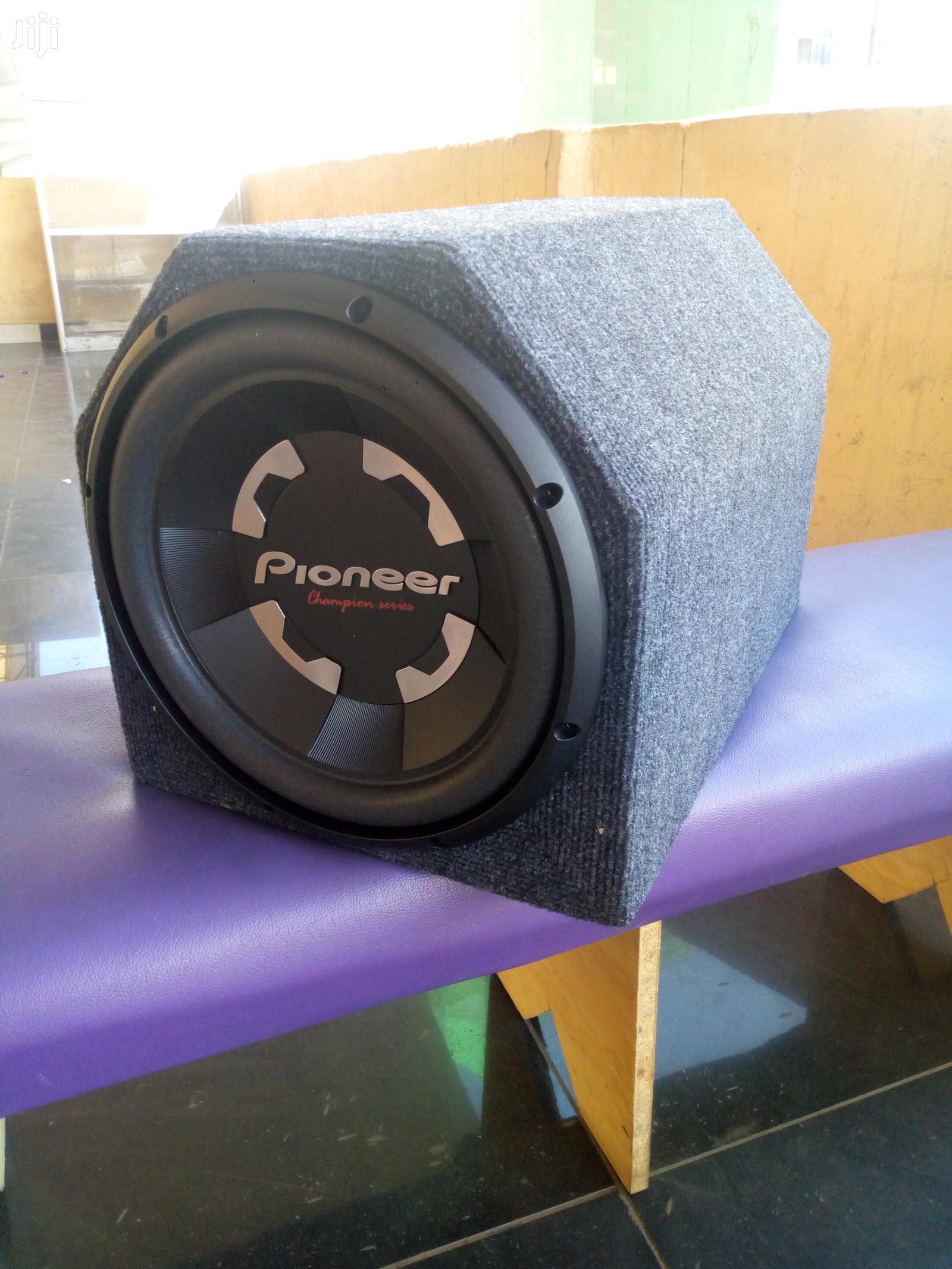 Archive: Pioneer TS-W300S4 1400 Watts 400 Watts Rms Woofer New In Shop Deep Bas