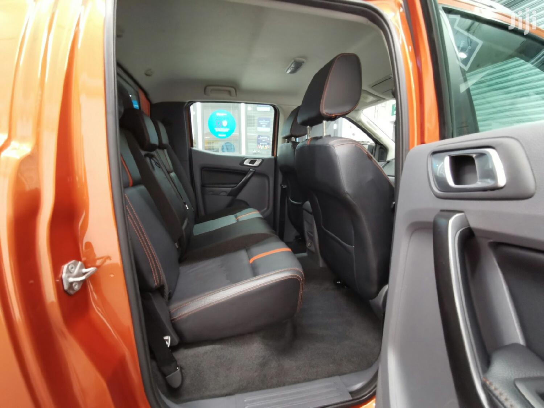 Archive: Ford Ranger 2013 Gold