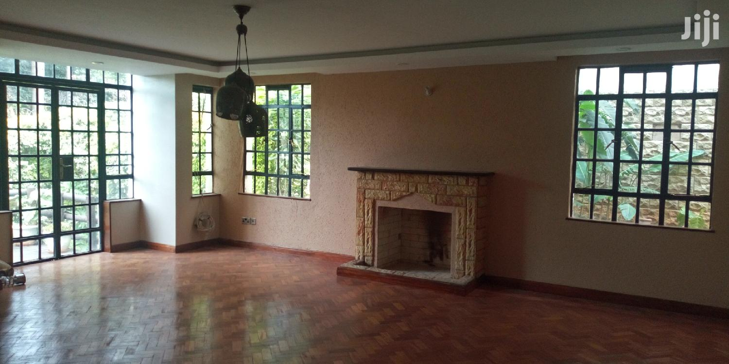 Spacious 5bedrooms Town House With Dsq