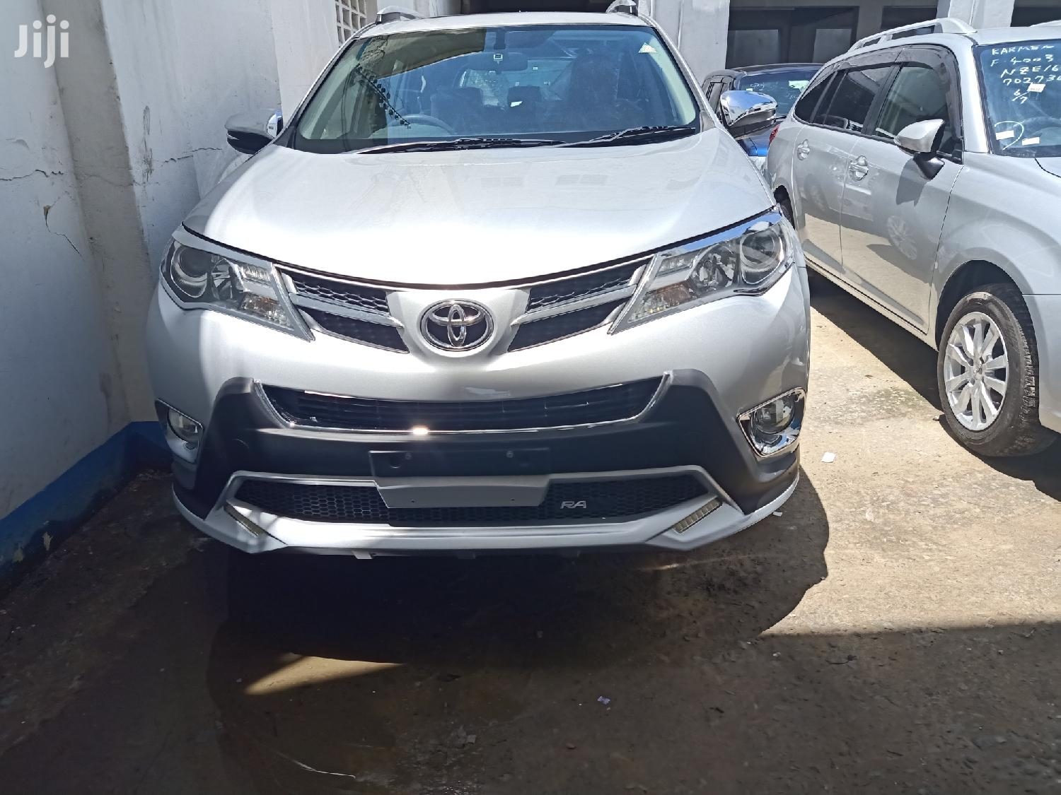 toyota rav4 2015 silver in shimanzi ganjoni cars paul mwiti jiji co ke for sale in shimanzi ganjoni buy cars from paul mwiti on jiji co ke toyota rav4 2015 silver