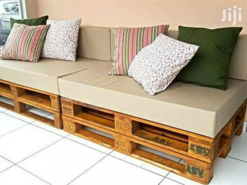 Unique 4 Seater Pallet Seat/Classy Pallet Furnitures
