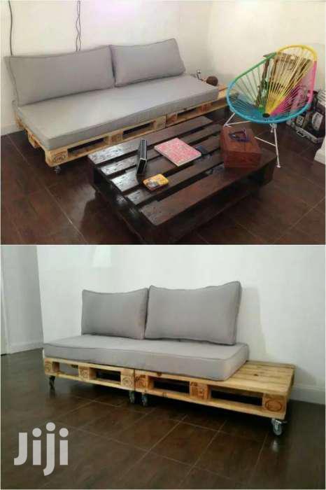 Unique 4 Seater Pallet Seat/Classy Pallet Furnitures   Furniture for sale in Ziwani/Kariokor, Nairobi, Kenya
