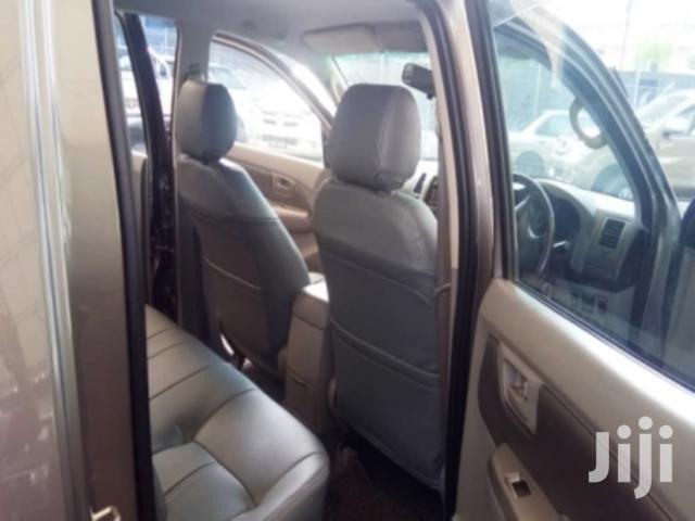Toyota Hilux 2011 2.5 D-4D 4X4 SRX Gray | Cars for sale in Parklands/Highridge, Nairobi, Kenya