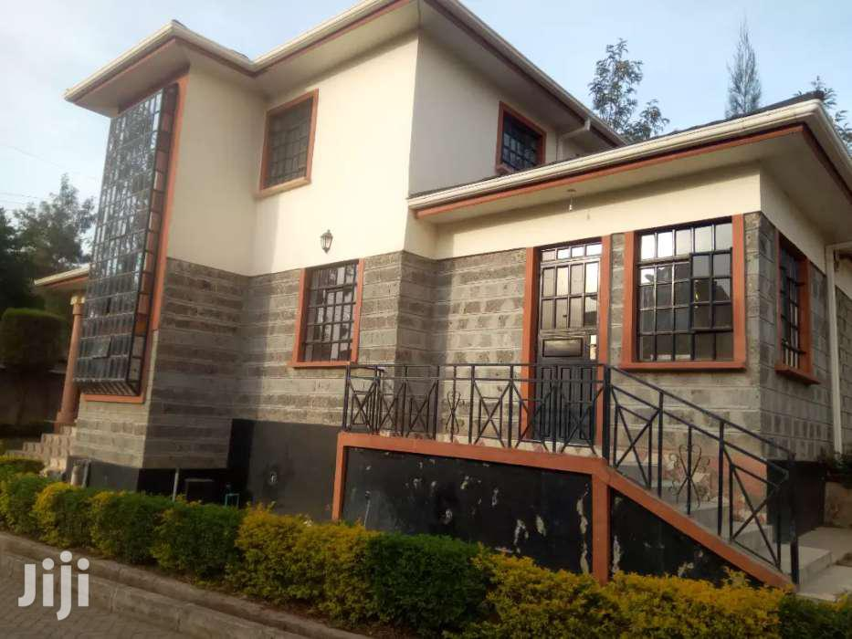 Archive: Four Bedrooms House For Rent
