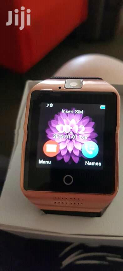Nuevos Q18 Touchsreen Smart Watch and Phone