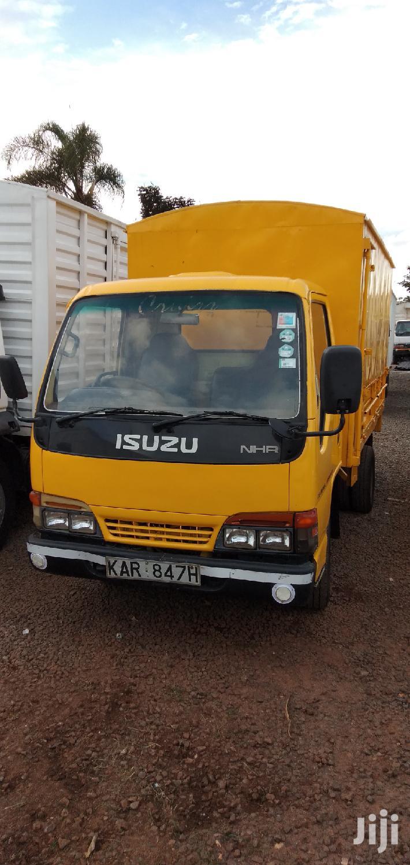 Archive: Isuzu NKR 2002 Yellow