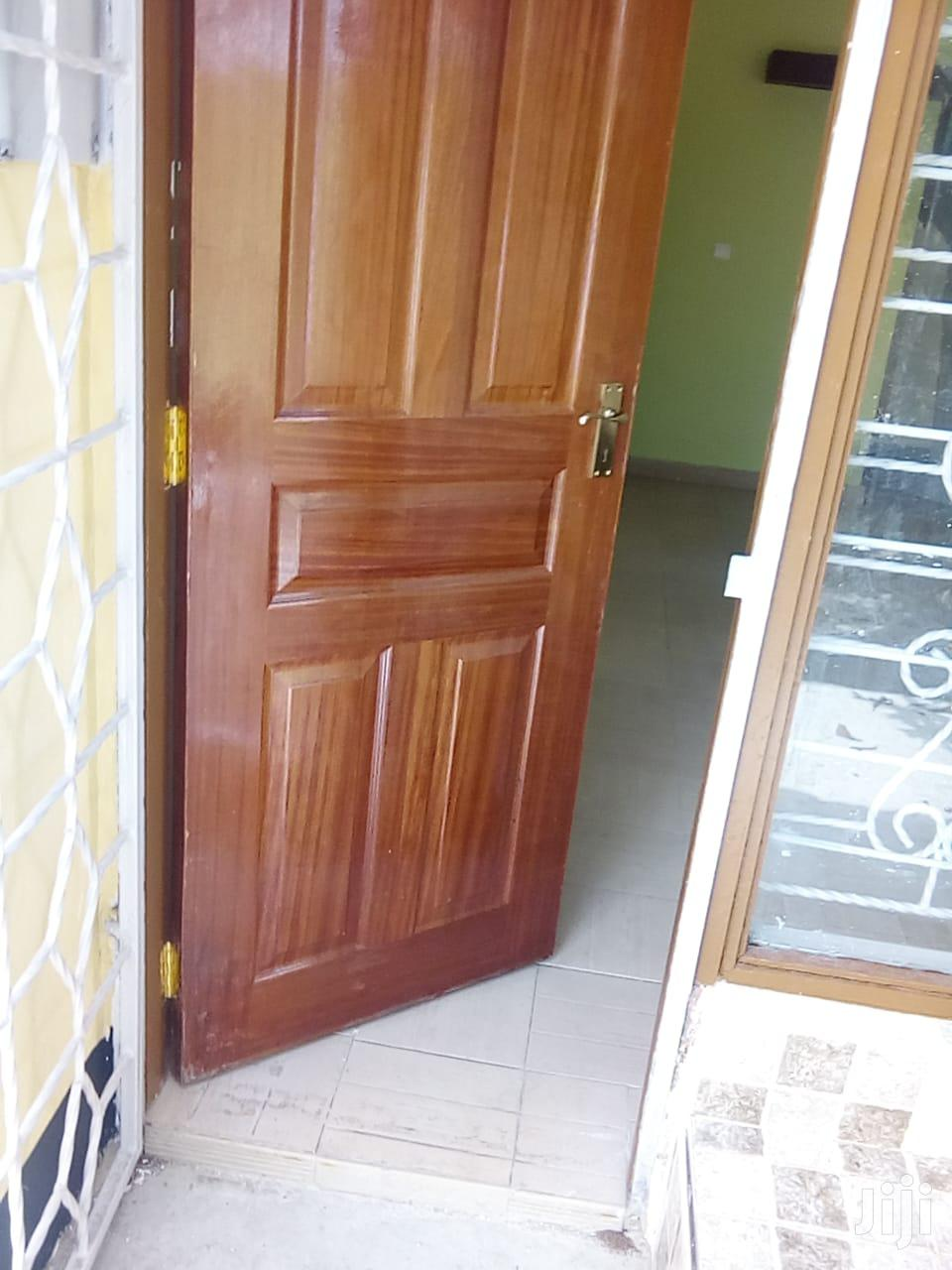 Archive: BURUBURU Phase-5(Nairobi) 3bedrm Maisonette for Sale, With Title Deed