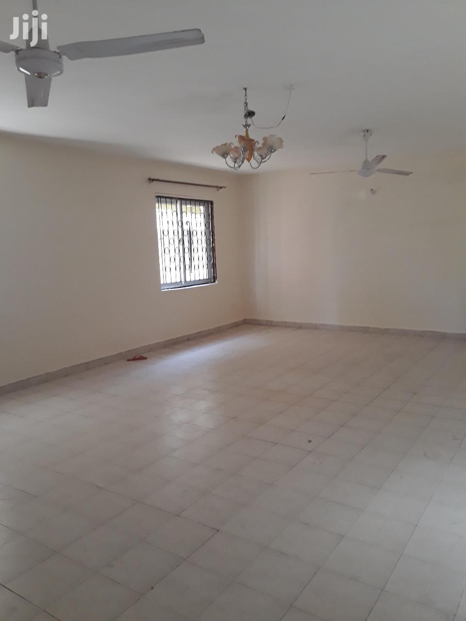 Nice 4 Bedroom Mansion to Let at Nyali in an Own Compound.   Houses & Apartments For Rent for sale in Nyali, Mombasa, Kenya