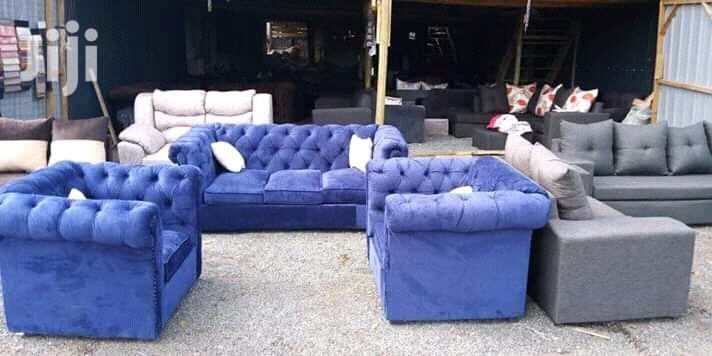 Archive: Chesterfield Sofa Set