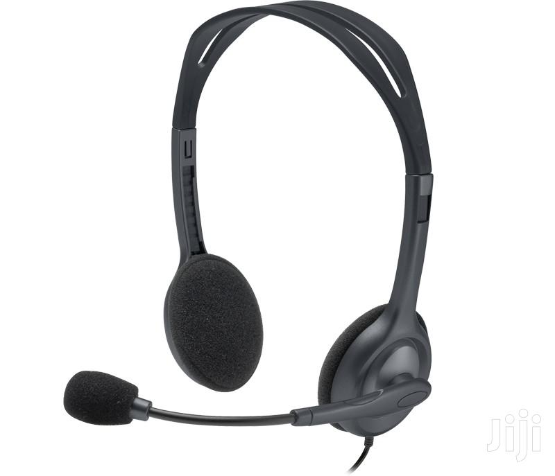 Archive: H111 Stereo Headset