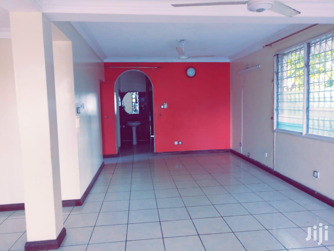 Archive: Bungalow To Let In Kizingo