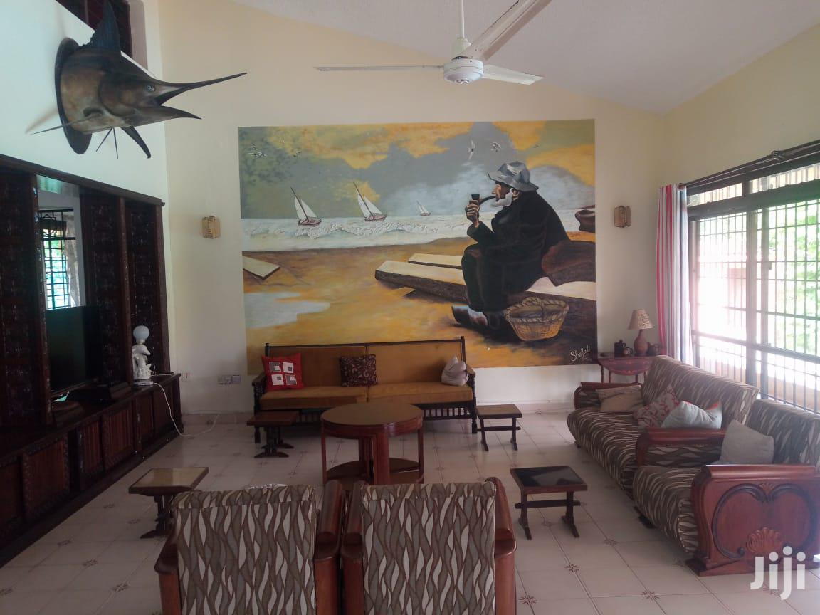 Archive: Beachfront 5 Bedroom Own Compound