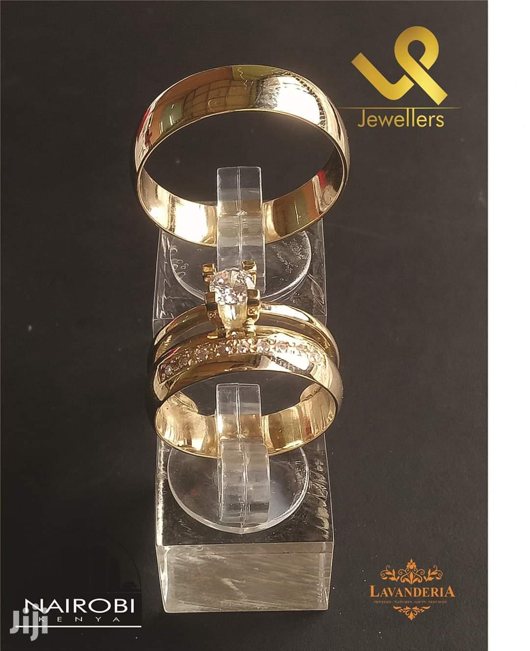 18k Gold Custom Made Bride N Groom Wedding Bands Ring.