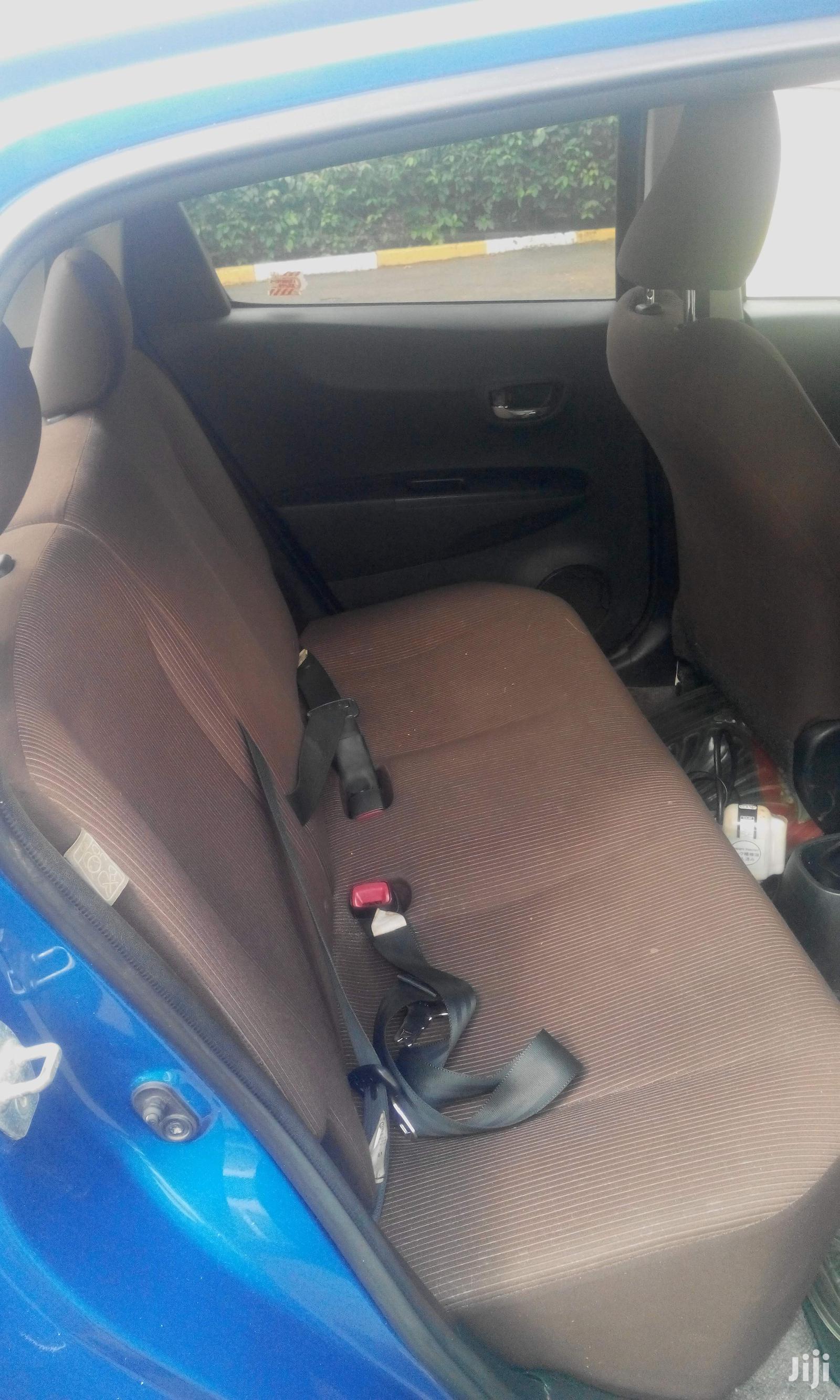 Archive: Toyota Vitz 2011 Blue