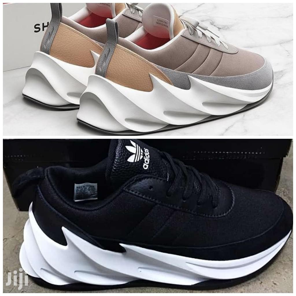 Heredero digerir arpón  تهريب يتلمس طريقه لم يعجبنى shark adidas shoes - cabuildingbridges.org