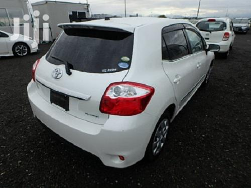 Archive: New Toyota Auris 2012 White