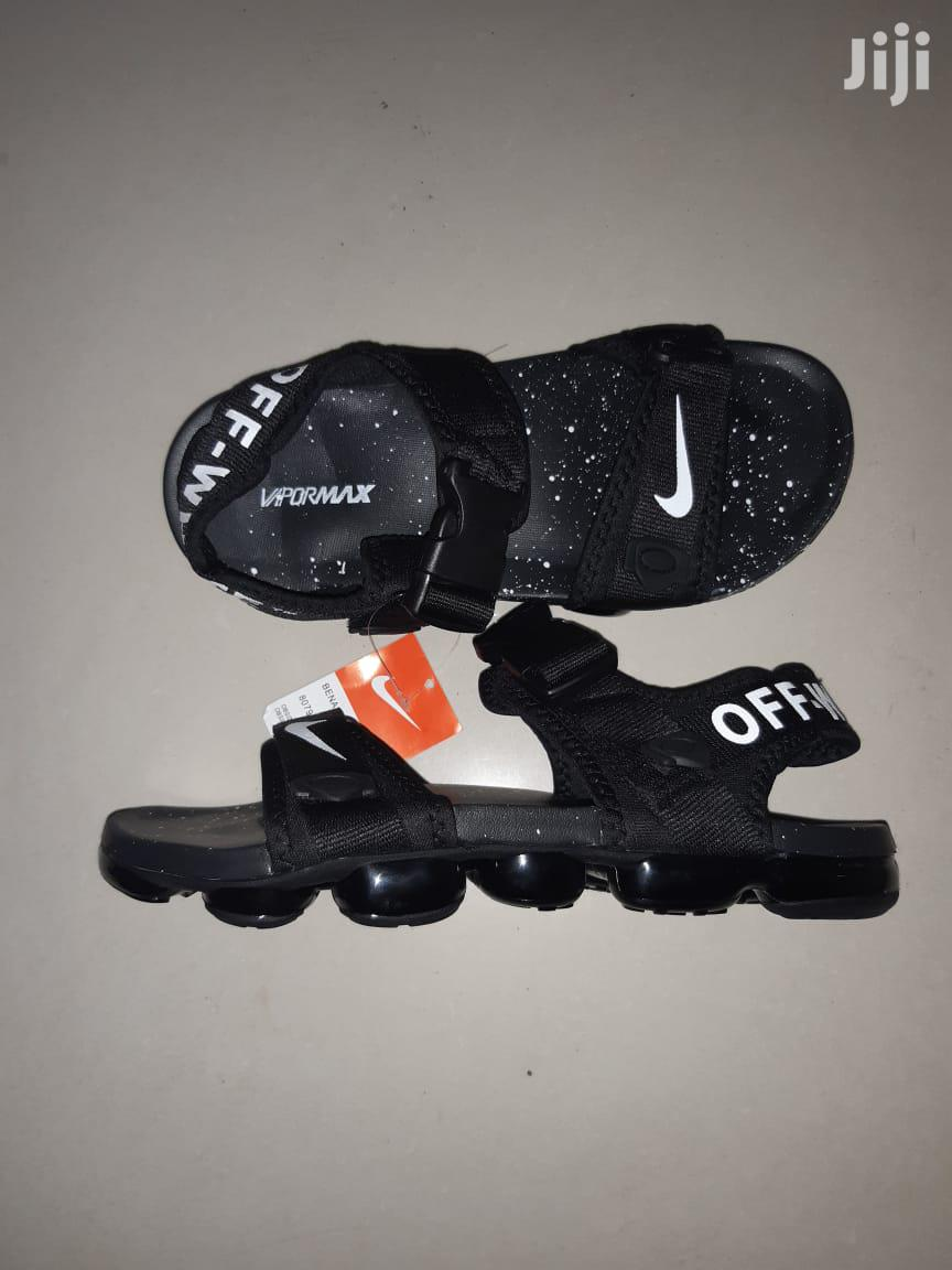 sabio Sin aliento Hamburguesa  Men Casual Nike Off White Vapormax Opens in Nairobi Central - Shoes, Lit  Merch | Jiji.co.ke