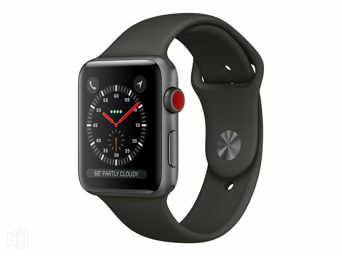 Apple Watch Series 3-38mm Space Gray Aluminum Case