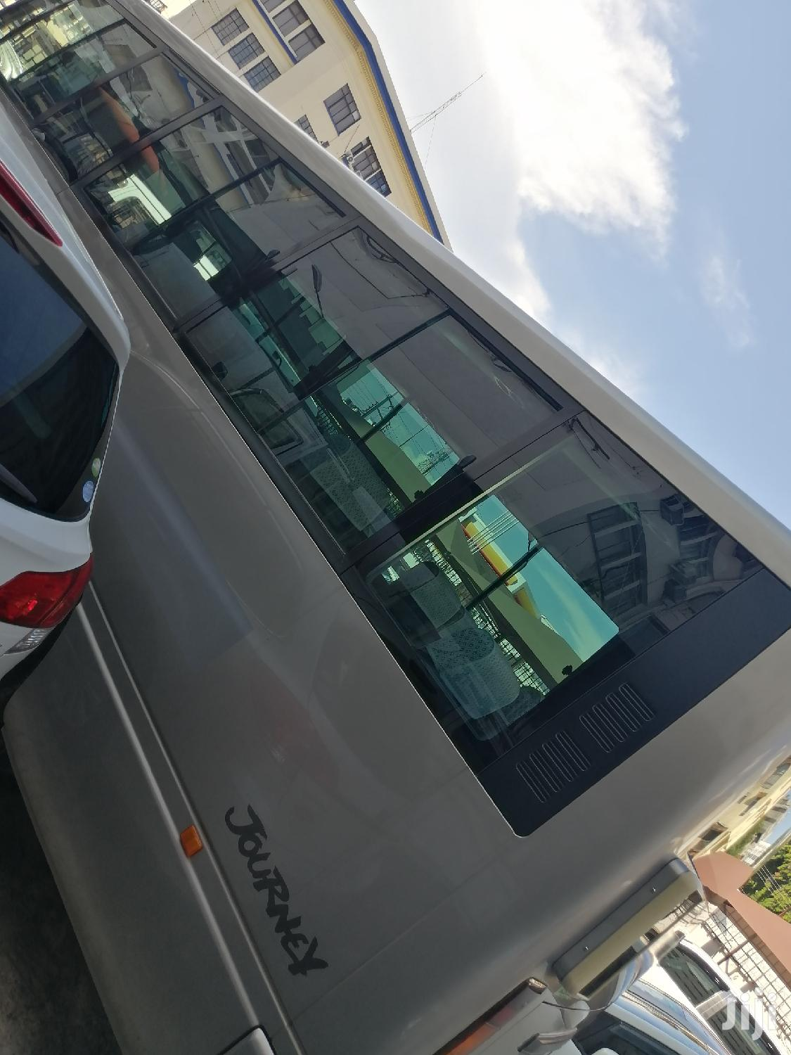 Brand New Isuzu Bus 29 Seater Best For PSV. Fully Fitted Seats | Buses & Microbuses for sale in Mvita, Majengo, Kenya