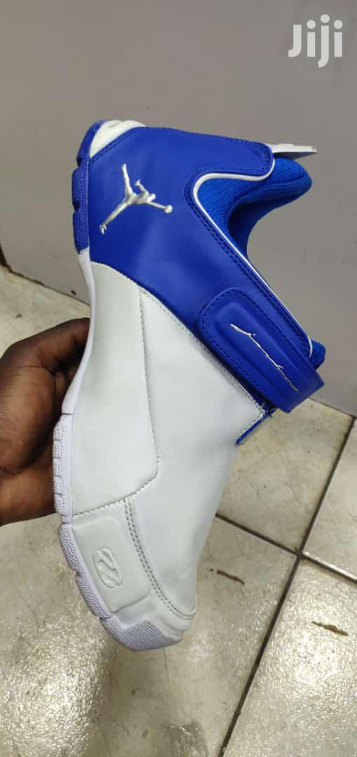 Men Nike Air Jordan R2 Casual Sneakers