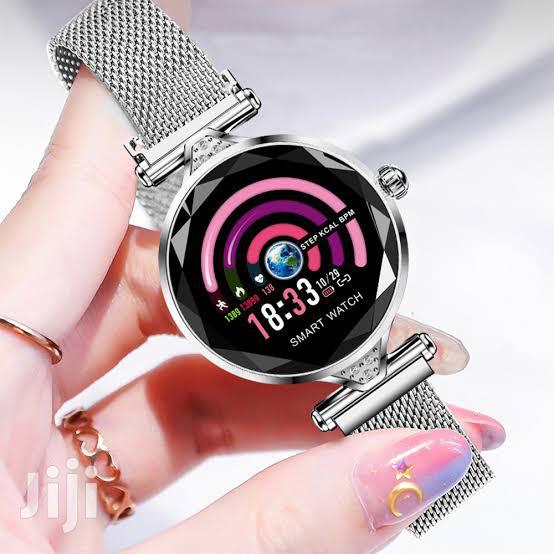 H1 Smartwatch Women Bracelet - Silver
