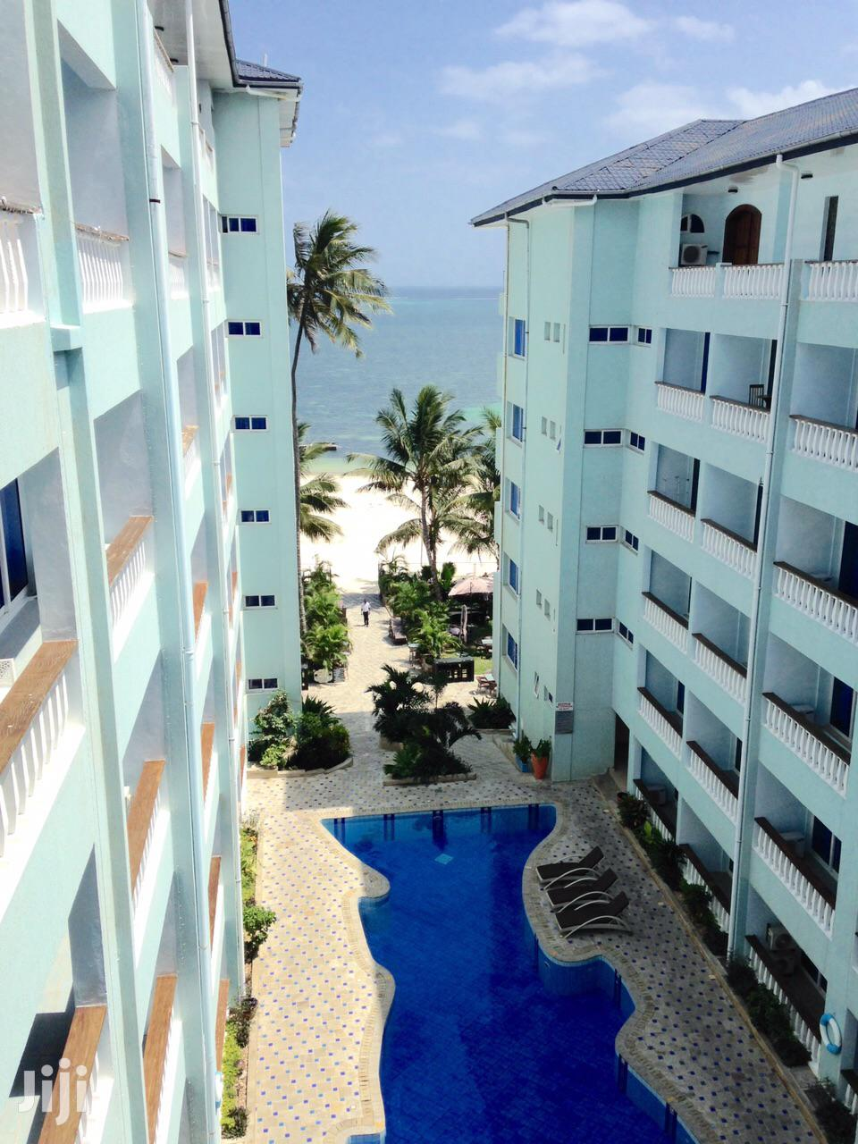 Shanzu Beach - 1 Bedroom Beachfront Apartment With Private Beach Access | Houses & Apartments For Sale for sale in Shanzu, Mombasa, Kenya